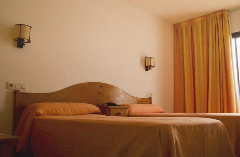 Habitació doble de l'Hotel Parc de Roses (Costa Brava)
