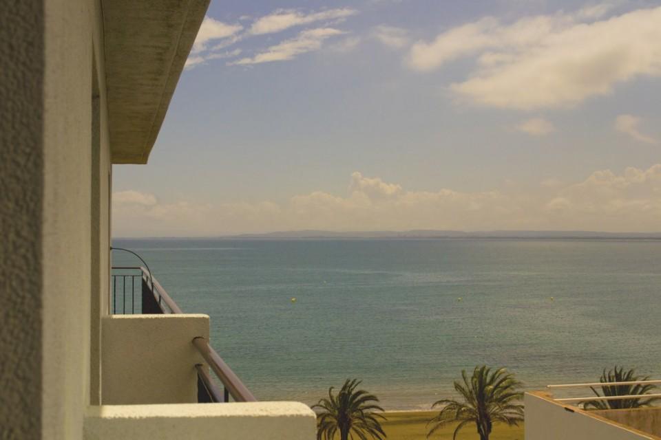 Habitació lateral de l'Hotel Parc de Roses (Costa Brava)